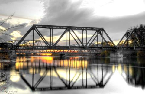TwinBridges1